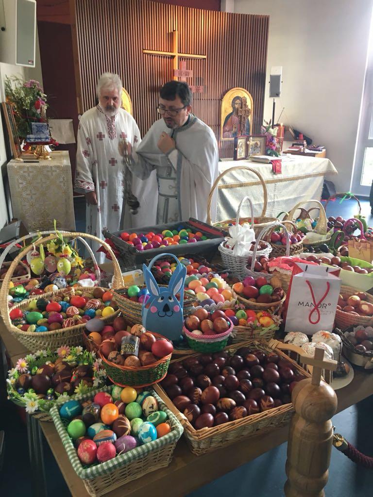 Велика Недеља у парохији Света Три Јерарха